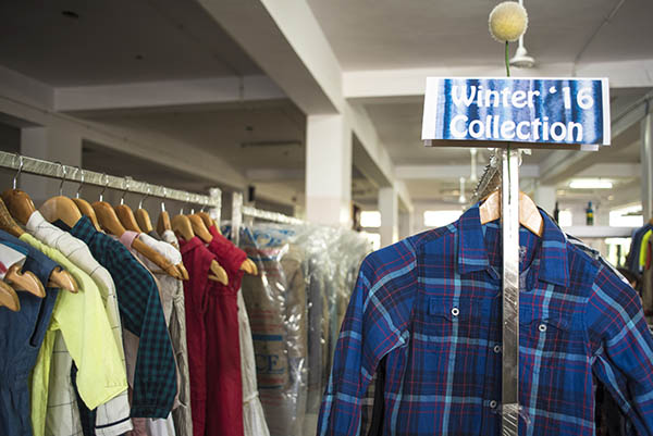 shirts_in_hanger
